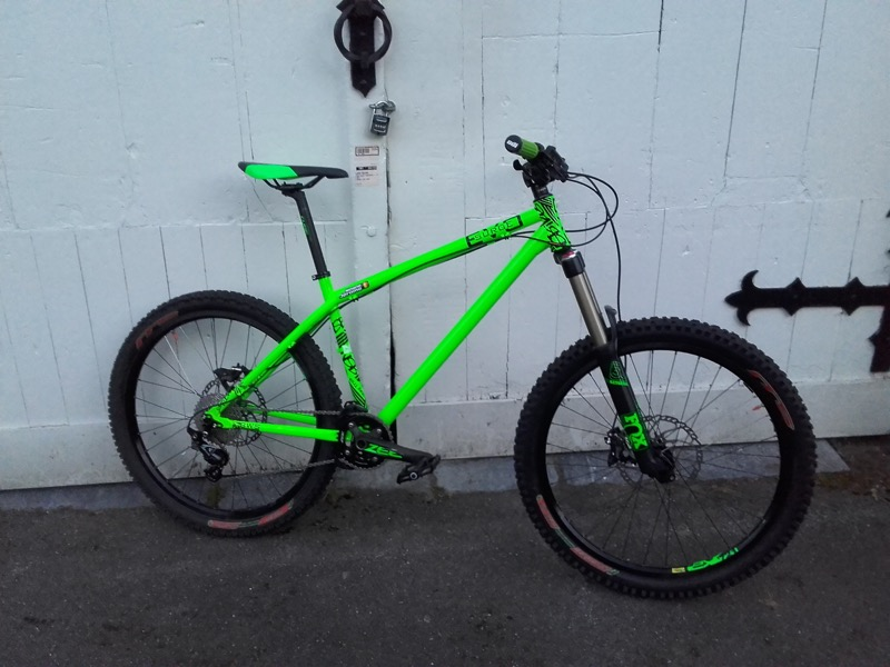 NS Bikes Surge EVO, fourche Fox float 36 Vanilla
