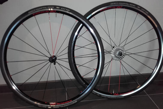 Roues route NoTubes ZTR Alpha 340, moyeux PW R12, rayons Sapim CX Ray